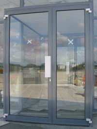 aluminium veranda fabricants installateur de portes en aluminium sur mesure r alisation de. Black Bedroom Furniture Sets. Home Design Ideas